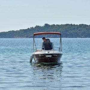 lido-rent-speedboat-fisher-02