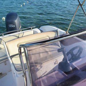lido-rent-speedboat-marvel-interior-02