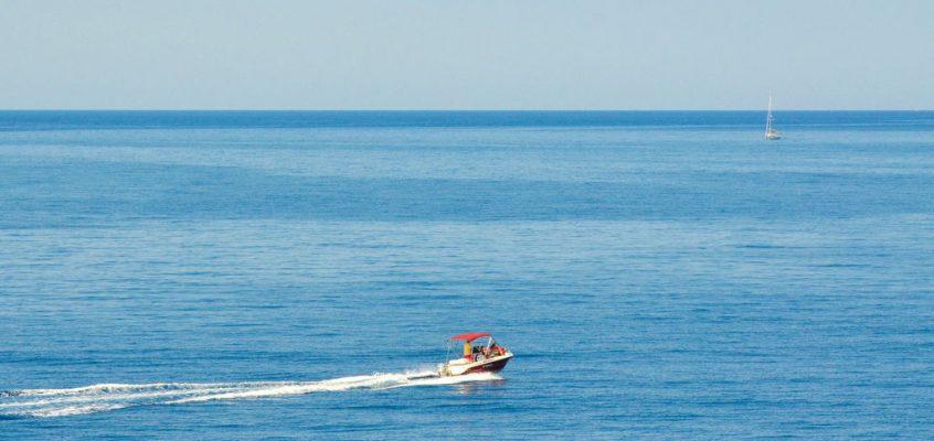 Iznajmite Brod Na Korčuli I Istražite Obalu Na Svoj Način